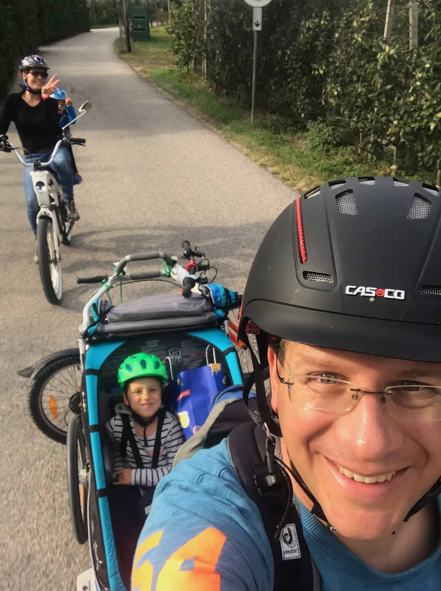 Familienurlaub mit dem E-Bike youmo.ch